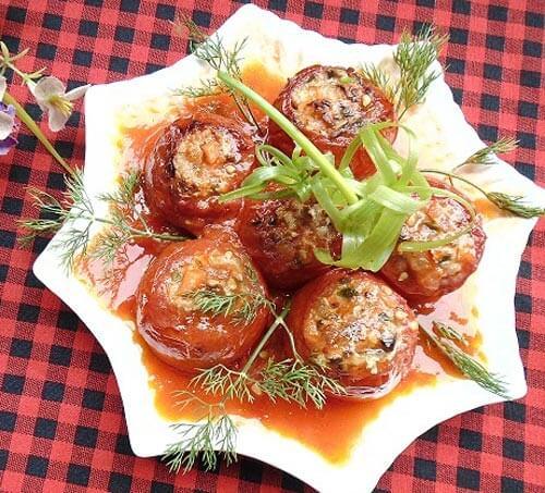Cà chua nhồi cá thác lác hấp