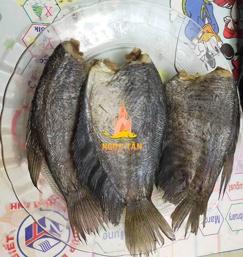 Cách làm khô cá sặc bớt mặn