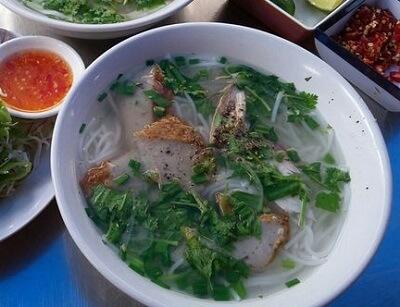 Bánh canh chả cá Nha Trang – Hồ Thị Kỷ