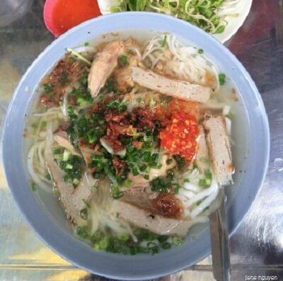 Bánh canh chả cá Nha Trang – Huỳnh Văn Bánh