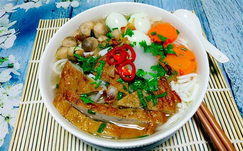 Bánh canh chả cá Phan Thiết