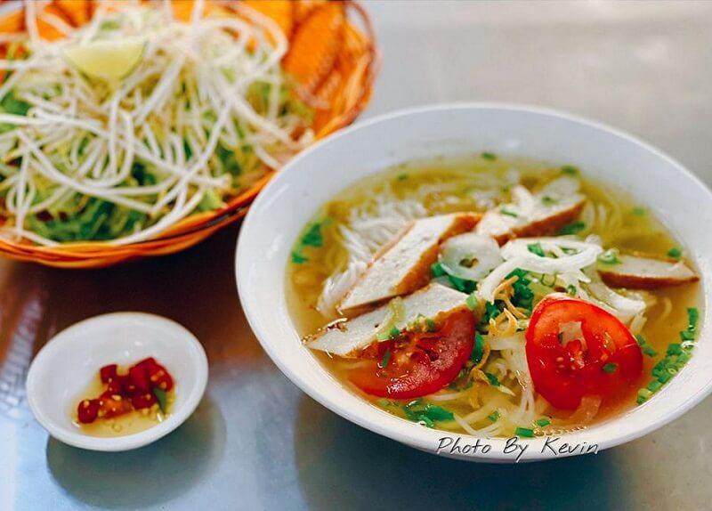 Top 3 địa chỉ bán bún chả cá Nha Trang ở Sài Gòn đúng hương chuẩn vị